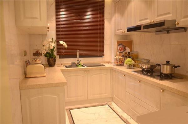 梅雨季厨房装修