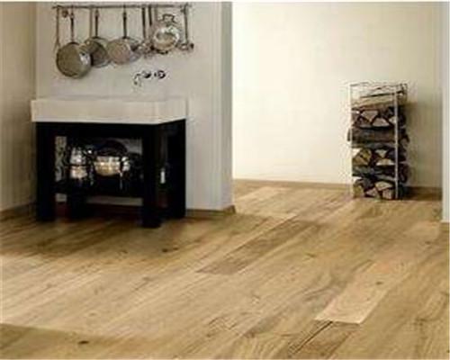 实木地板销售陷阱的防范方法