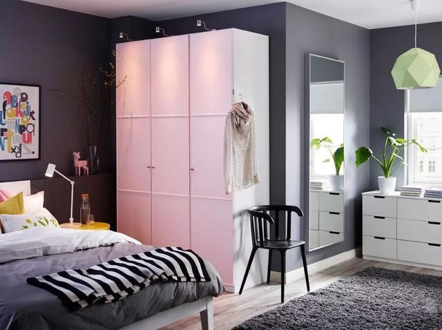粉嫩粉嫩的衣柜门