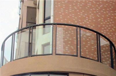 圆弧型阳台