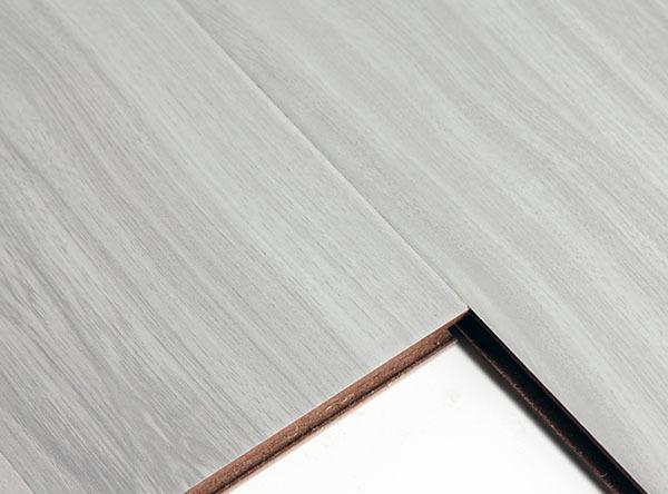如何选购复合地板