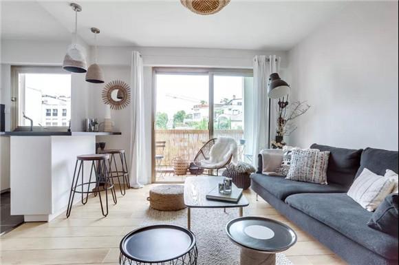 37平小户型现代简约客厅装修