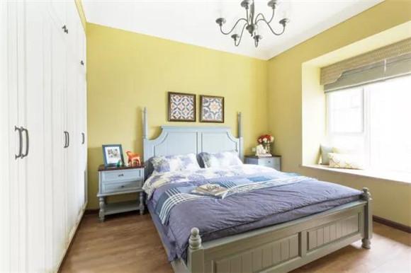95平米三室一厅卧室装修效果图