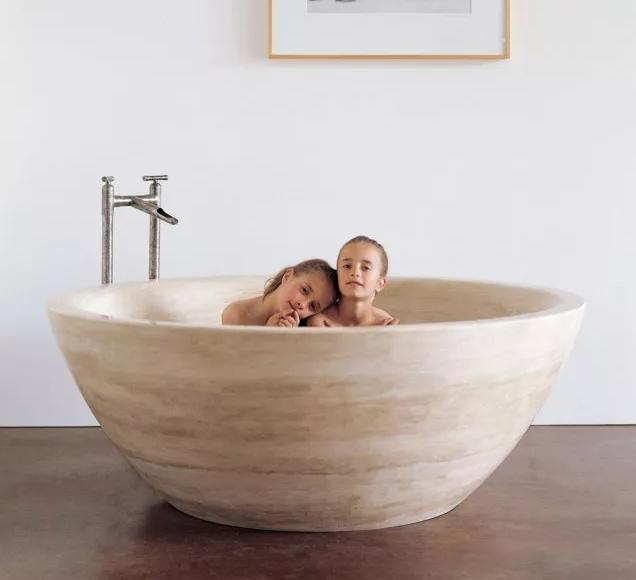 卫生间圆形浴缸效果图