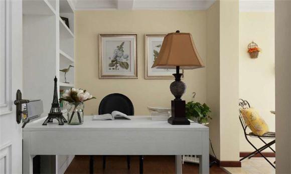130平米三室两厅书房装修