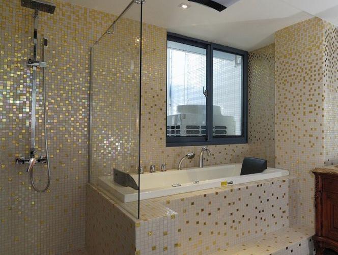 卫生间瓷砖选择技巧