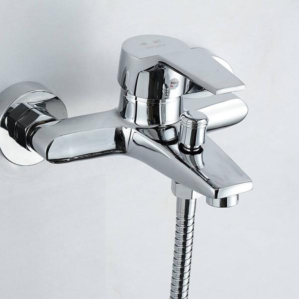 淋浴花洒龙头安装尺寸高度