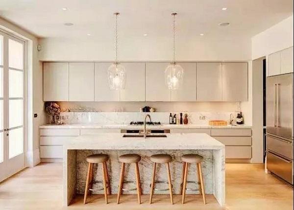 厨房中岛台与橱柜距离