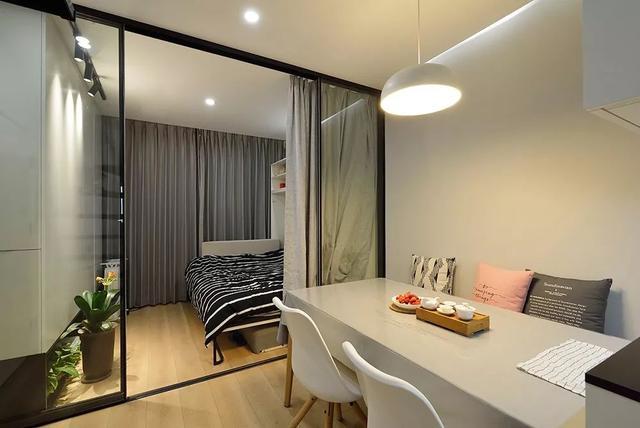 客厅改造成的次卧