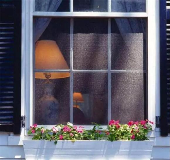 夏季玻璃粘贴隔热纸推荐