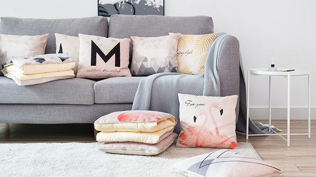 客厅抱枕装饰