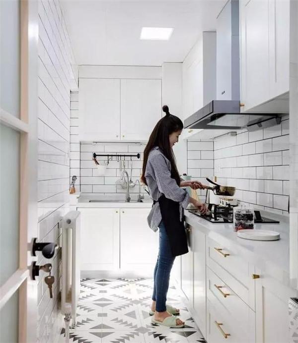 北欧简约风格厨房装修效果图