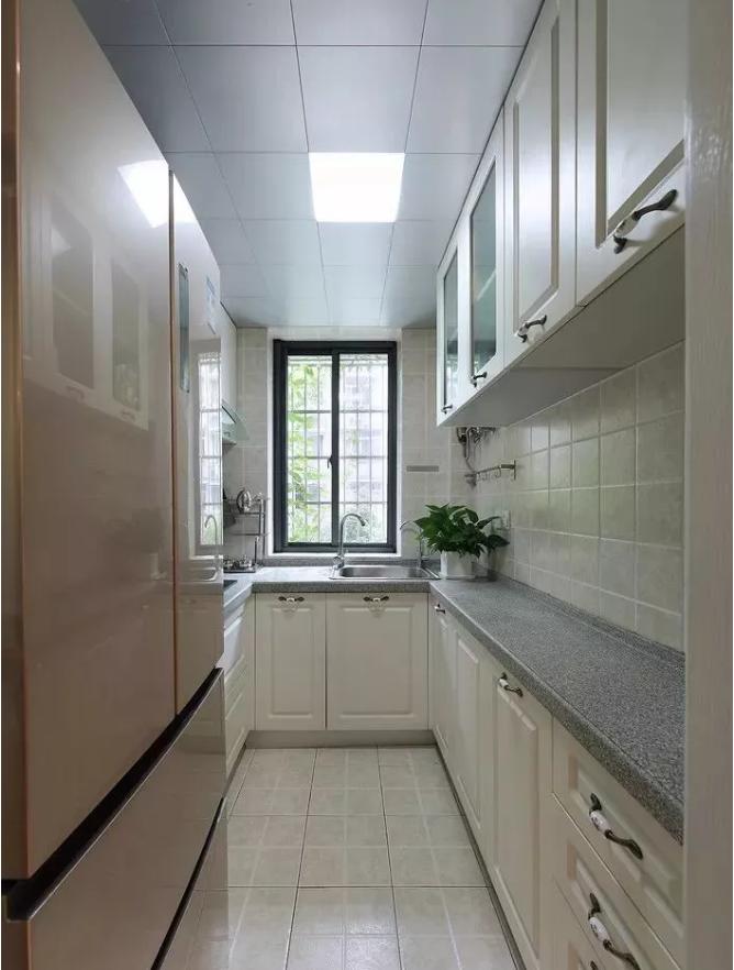 60平小户型厨房改造后