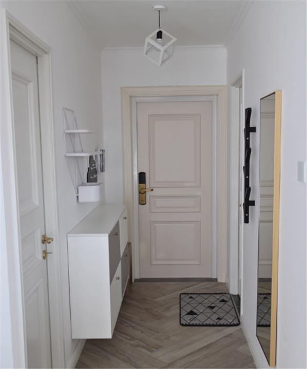 70平米二居室装修