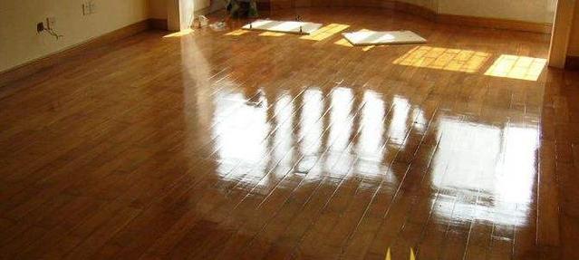 所有地板都能翻新么