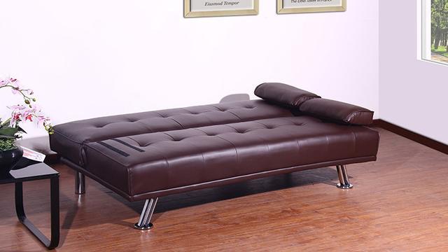 皮质沙发墙