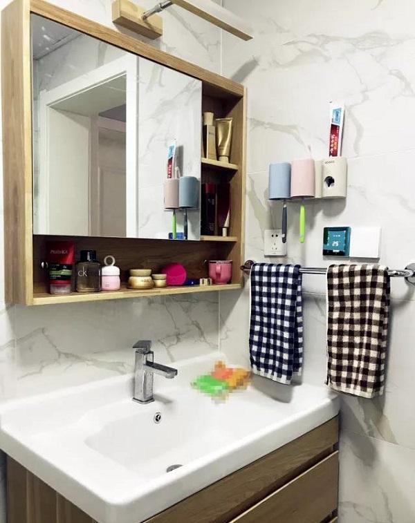 90平米两室一厅卫生间装修