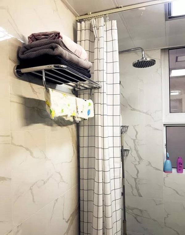 90平米两室一厅卫生间装修案例