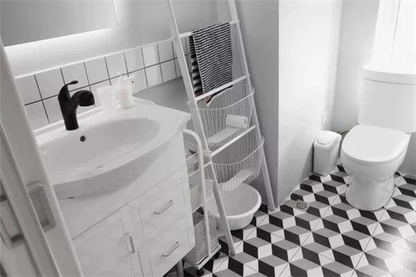 二楼卫浴间装潢