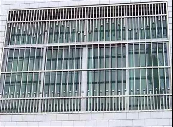 传统型防盗窗