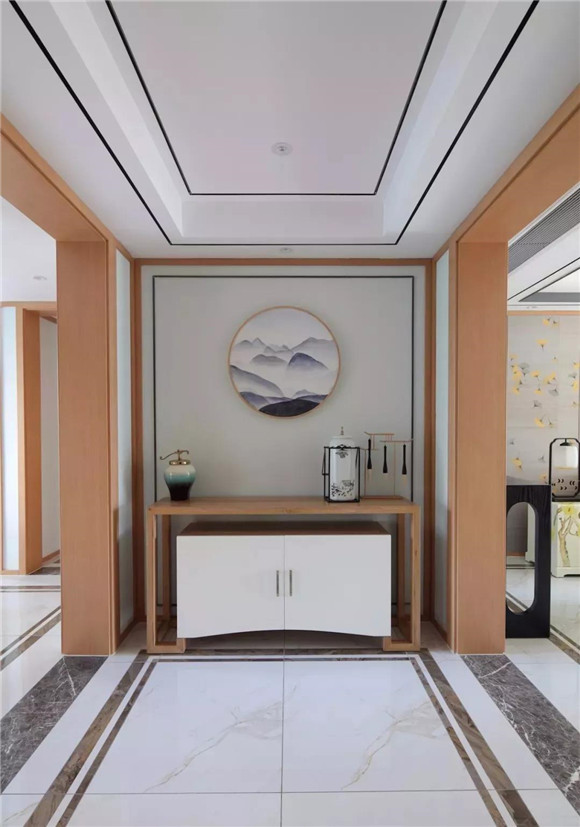145平米新中式三居室玄关装修