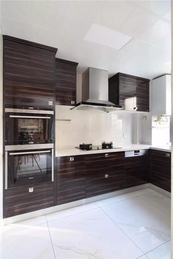 145平米新中式三居室厨房装修