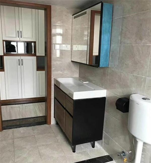 150平3房简欧硬装之卫生间