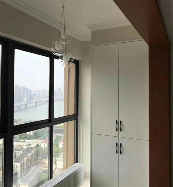150平3房简欧硬装之阳台