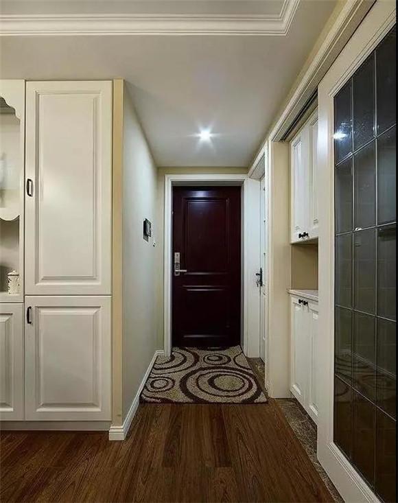 88㎡现代美式小户型玄关装修
