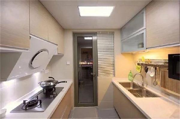 二字型厨房装修
