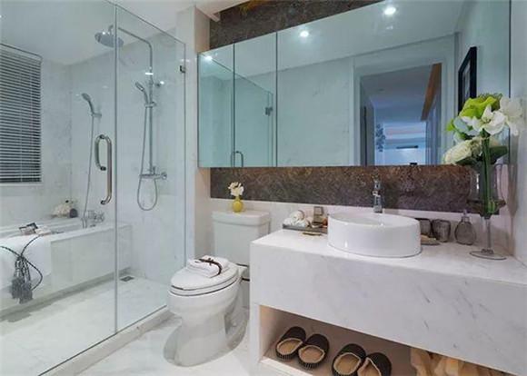 117㎡现代简约三居室卫生间装修