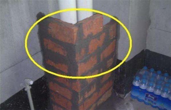 红砖包下水管
