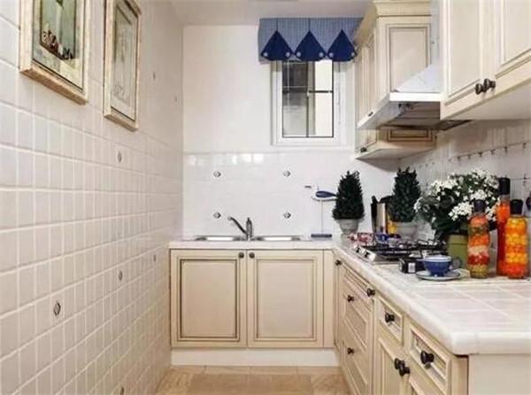 厨房瓷砖怎么选