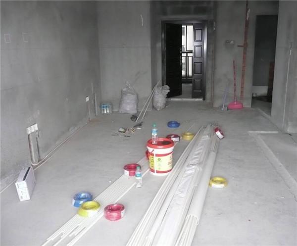 装修流程 施工阶段 水电 > 正文   1,电路改造 弱电 1.