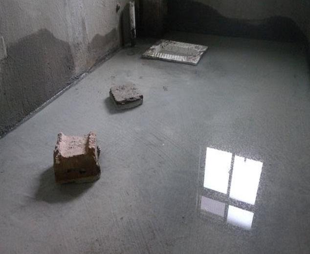 浴室地面防水