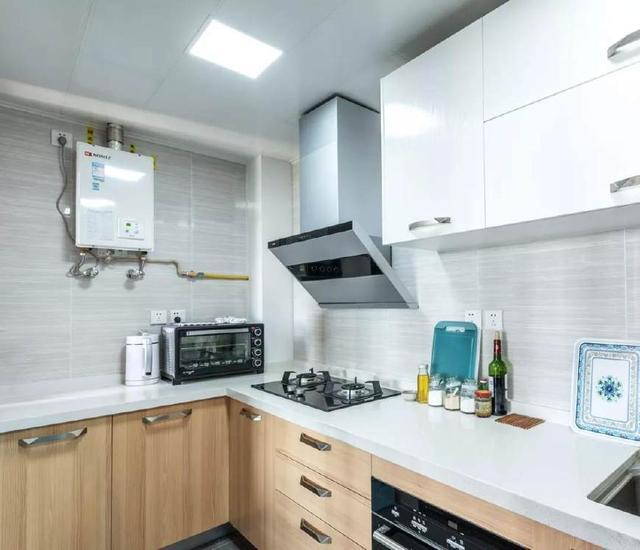 厨房内部空间