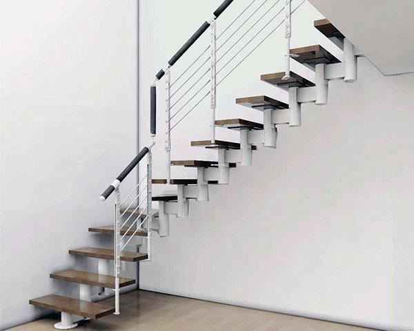 钢架<a href='http://www.rzpd.tw/baike/louti/' target='_blank' class='inlink-word-color'>楼梯</a>尺寸