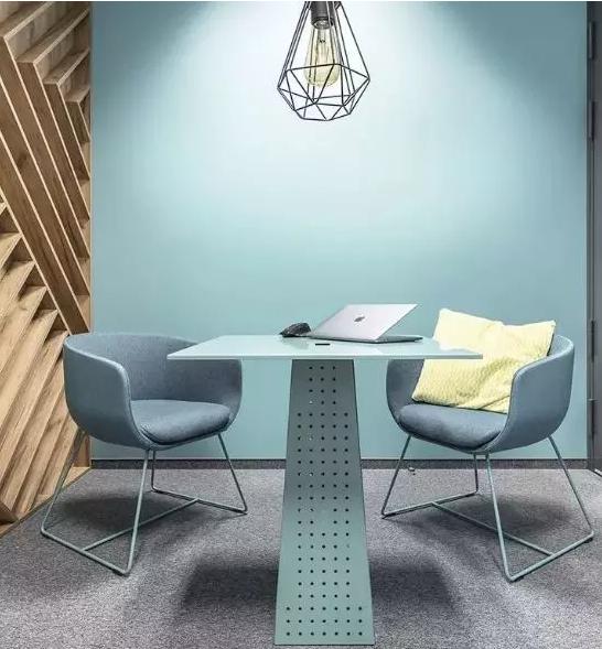极简北欧风办公室装修设计图1