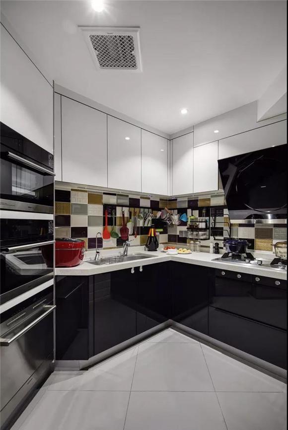 107㎡不规则房屋厨房装修