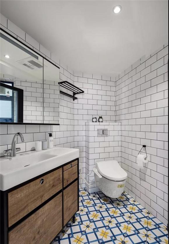 107㎡不规则房屋卫生间装修