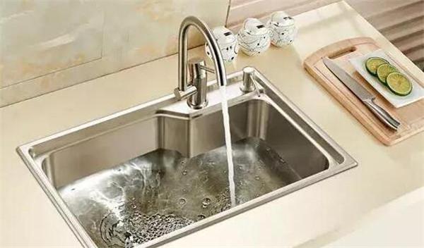 厨房水槽选用
