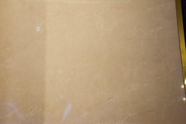 选择抛光砖还是抛釉砖