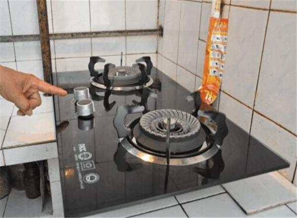 厨房燃气灶
