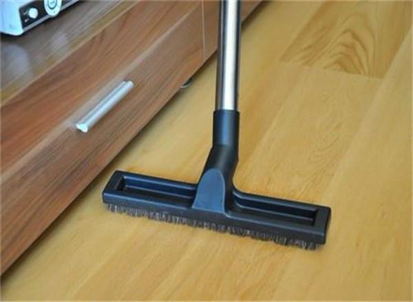 木地板怎么打蜡