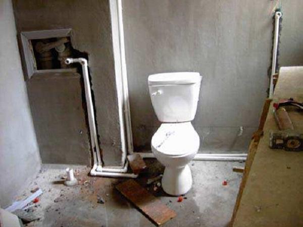 卫生间水管装修细节