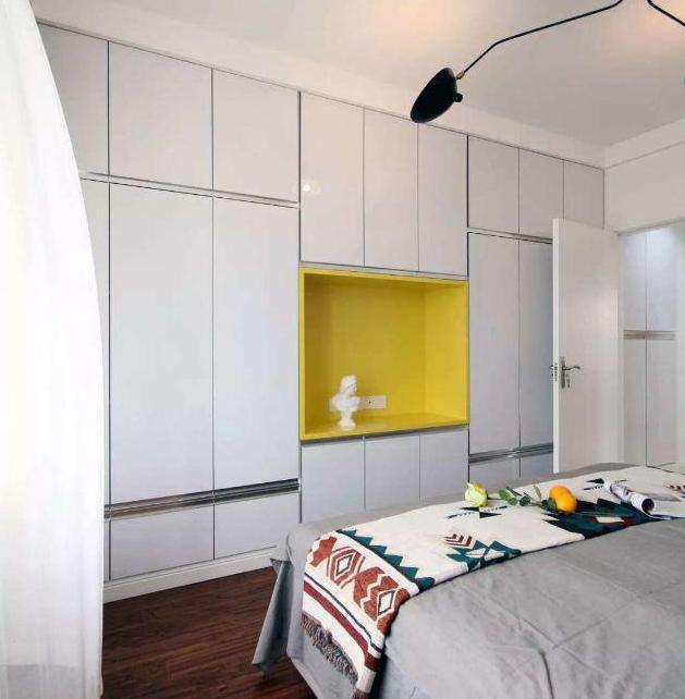 140平现代简约卧室收纳