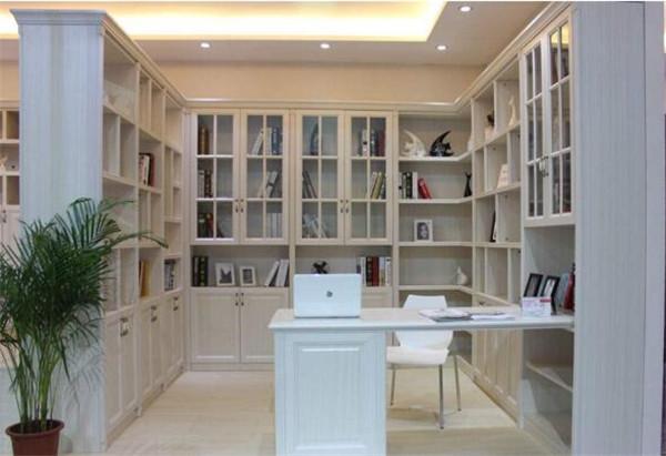 书房家具摆放位置规划
