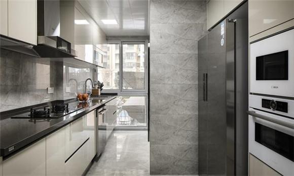 125平米现代简约厨房装修
