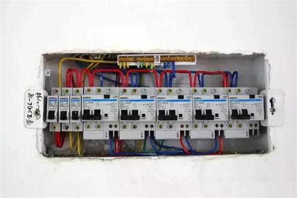 电路装修偷工减料怎么办
