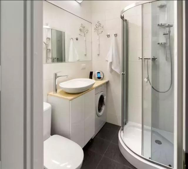 玻璃沐浴房